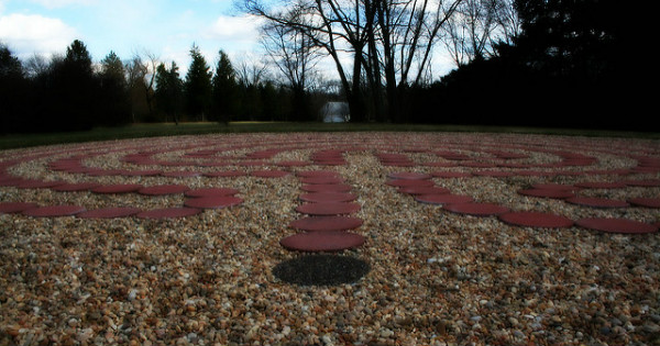 A Labyrinth, No Bull – Polly Peterson (2011) .  Used by permission of the author.