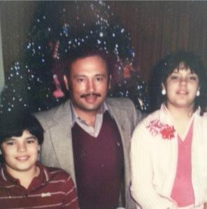 Family photo during Christmas time 1980.