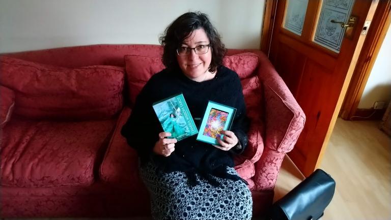 Review: Chakra Wisdom Tarot by Tori Hartman | Lyn Thurman