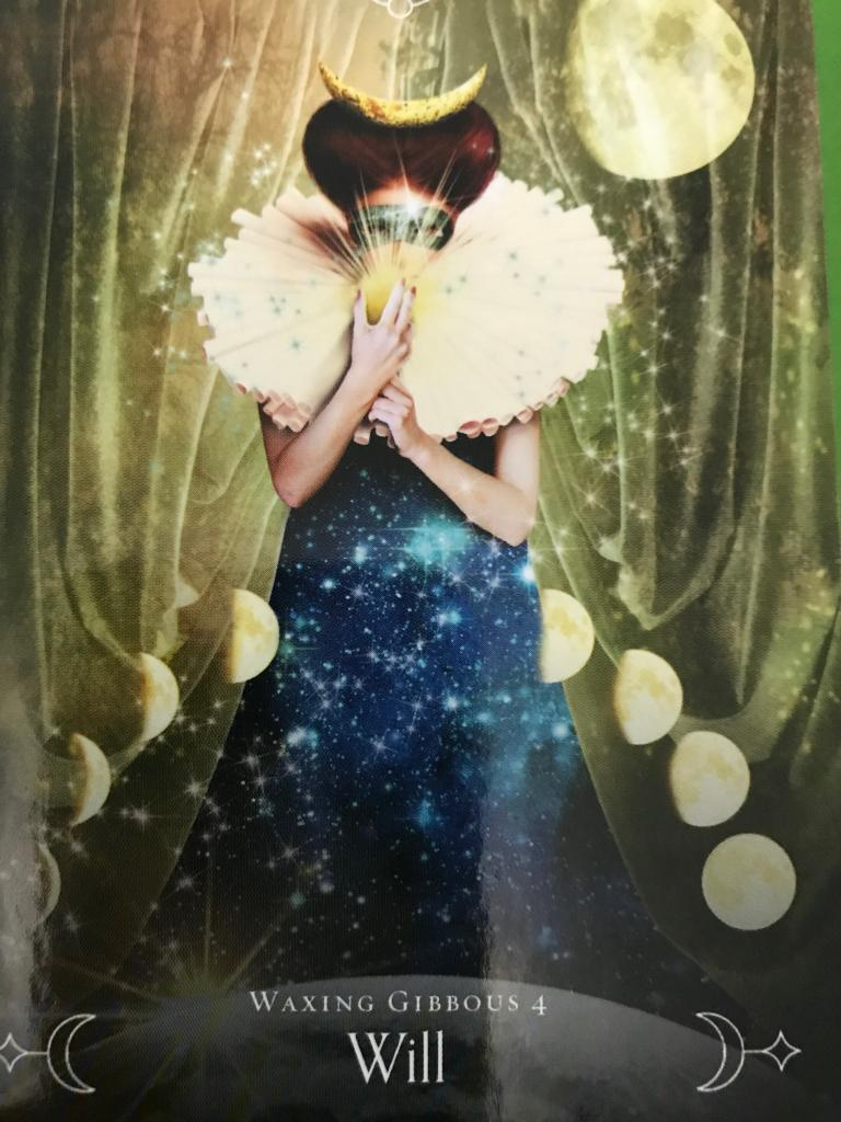 review  queen of the moon oracle by stacey demarco