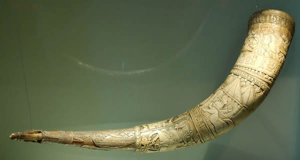 """""""Drinking Horn - Brynjólfur Jónsson of Skarð, South Iceland - 1598"""" by Zil - Own work. Licensed under CC BY-SA 3.0 via Wikimedia Commons."""