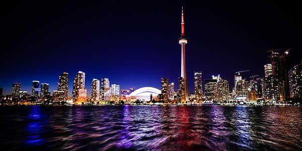 a photograph of the skyline of Toronto, Ontario, Canada