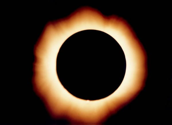 Image of the total eclipse of 1999 from Gmunden, Austria by Image of the total eclipse of 1999 from Gmunden, Austria.  CC License 4.0