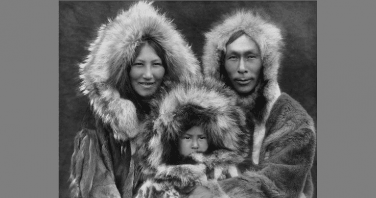 An Iñupiat family of Noatak Village, Alaska.