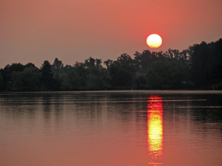 a photo of A Ukrainian Sunrise