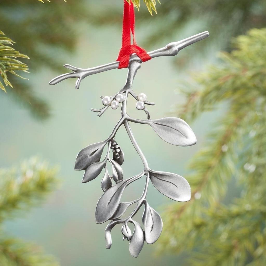 Mistletoe, photo by Amazon