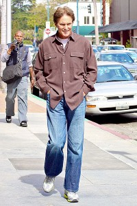 BRUCE JENNER IN 2011 By jla0379 [CC BY 2.0 (http://creativecommons.org/licenses/by/2.0)], via Wikimedia Commons