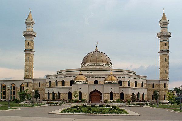 ISLAMIC CENTER OF AMERICA, Dearborn, Michigan  By Dane Hillard [CC BY 2.0 (http://creativecommons.org/licenses/by/2.0)], via Wikimedia Commons
