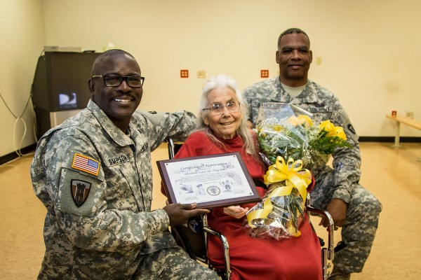 36th_Infantry_Division_honors_Fort_Hood_'Hug_Lady'_150213-A-AF730-323