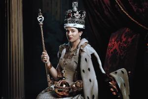 1-8 t-the-crown-julian-broad-ss