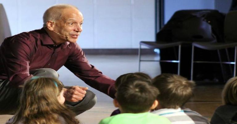 Mark Pattie preaching a children's sermon