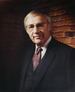 Portrait of an older Carl Lundquist