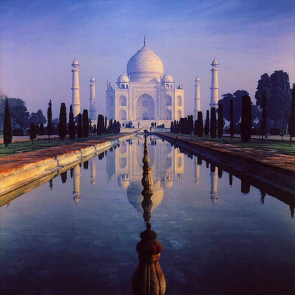 The tomb of Mumtaz Mahal
