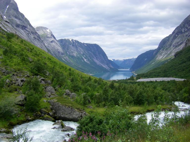 Kjøsnesfjord and Søgnesand