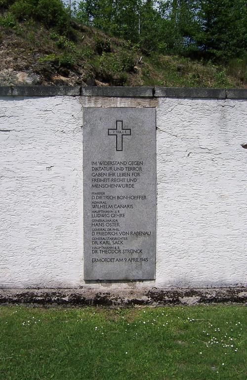 The monument at Flossenbürg