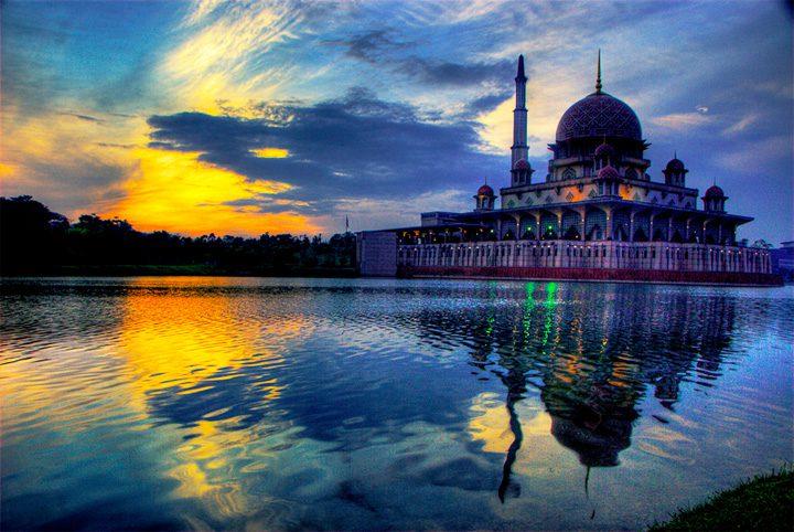 The Putrajaya Masjid in Malaysia