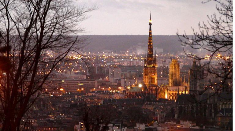 Rouen by night