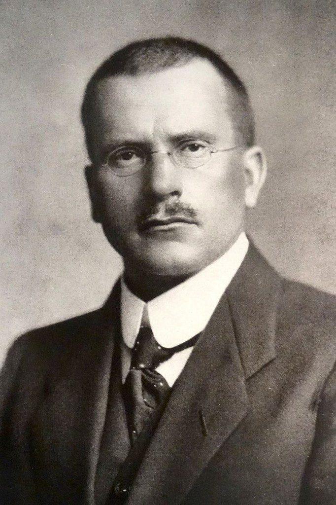 Carl Jung, Schweizer Psychiater