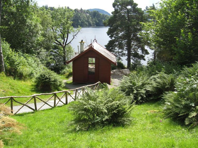 Troldhaugen hut