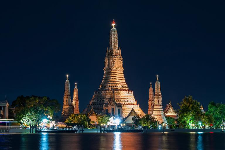 A night view of the Temple of Dawn