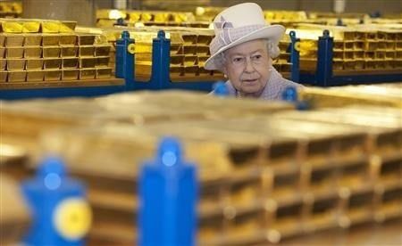 QEII -- the real one -- with gold.