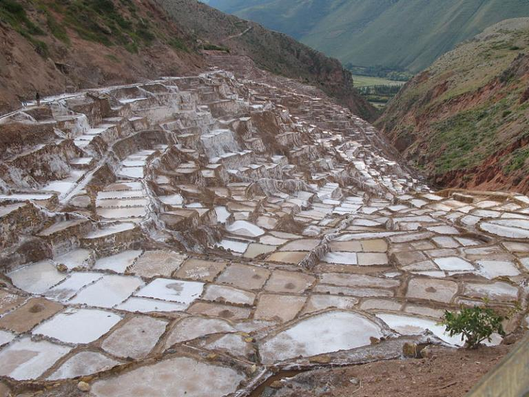 The Maras salt pools