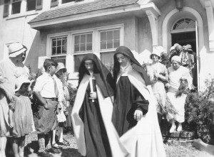 Brooklyn Widow Enters Carmelite Monastery, 1916 | Pat McNamara
