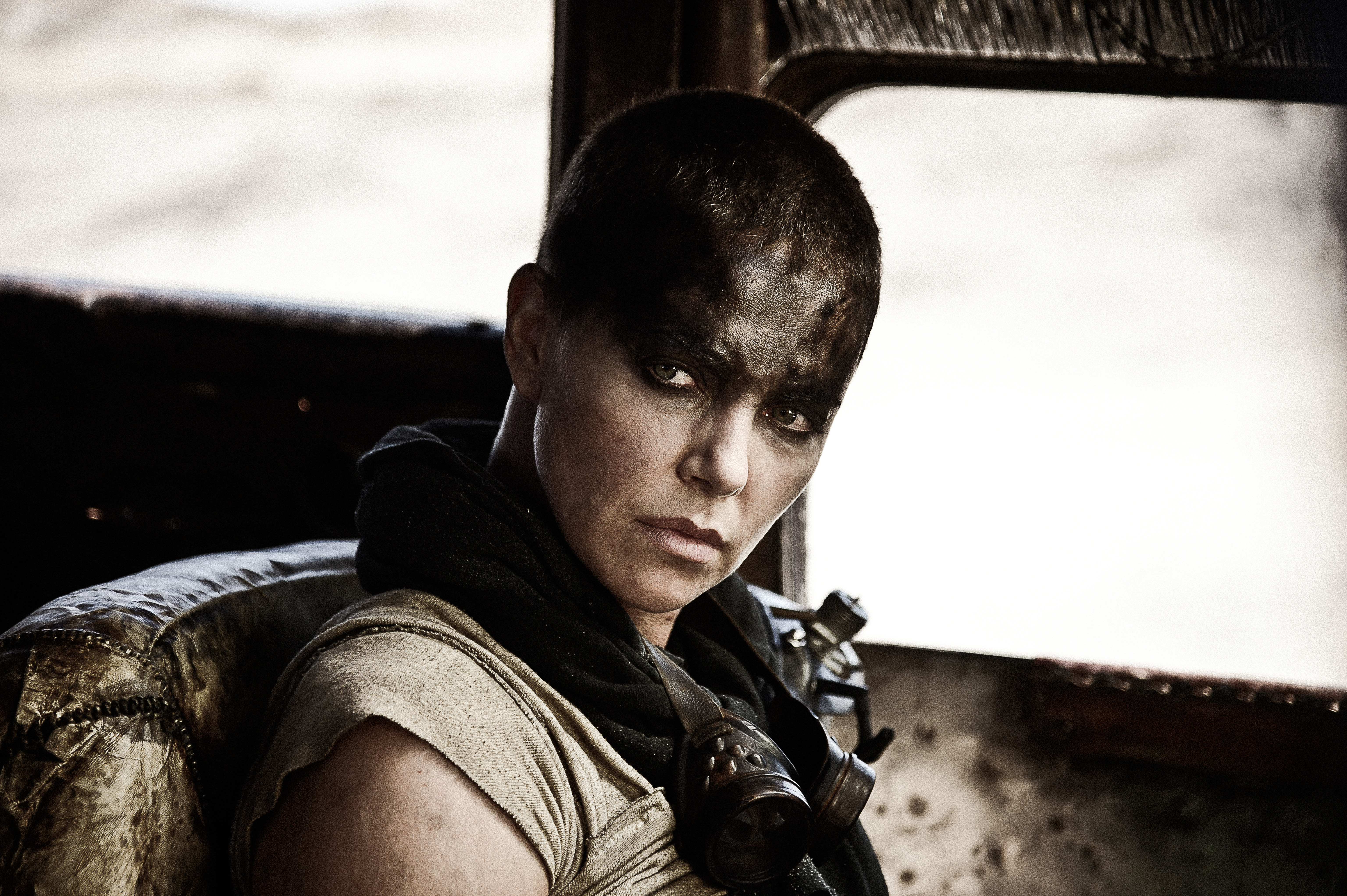 Charlize Theron-the-Road-Again f5dc6c2a0d7