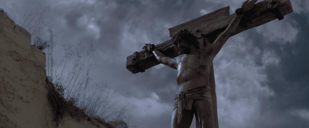 risen-crucifixion-1