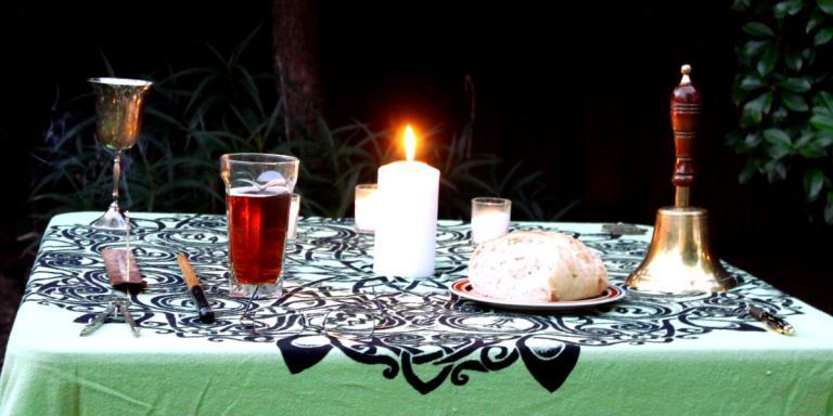 Lughnasadh Altar 2015 02