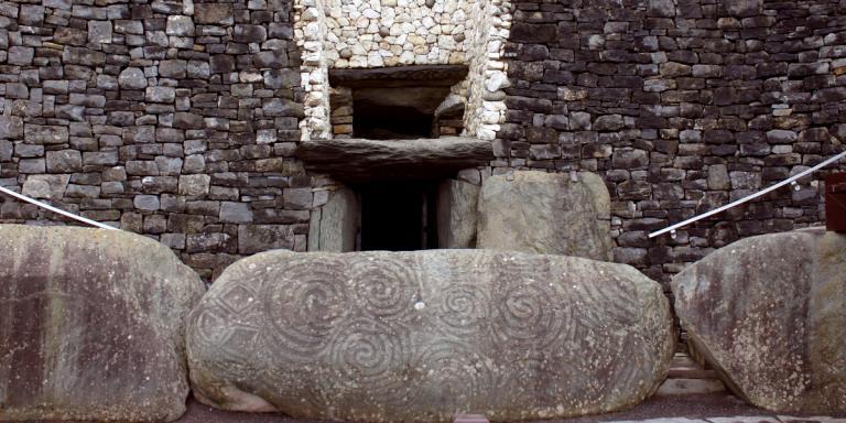 Newgrange 1200x600