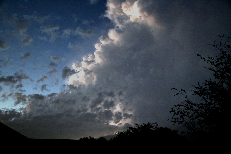 thunderstorm 11.05.15 01
