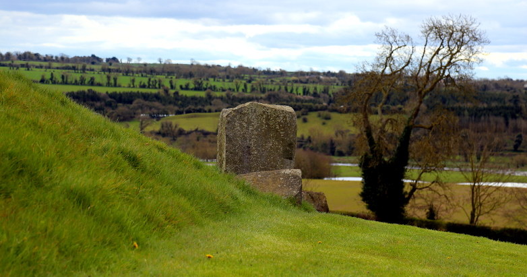 Newgrange rear 2016