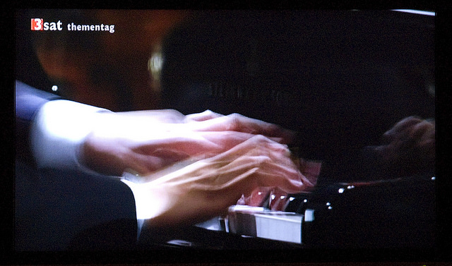 Lang Lang playing the piano. Photo Source: Flickr Creative Commons by digital cat https://www.flickr.com/photos/14646075@N03/