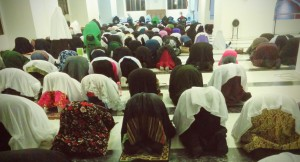 Female worshipers during Tarawih in Masjid Al-Sultan Muhammad Thakurufaanu Al-Auzam/Aisha Hussain Rasheed