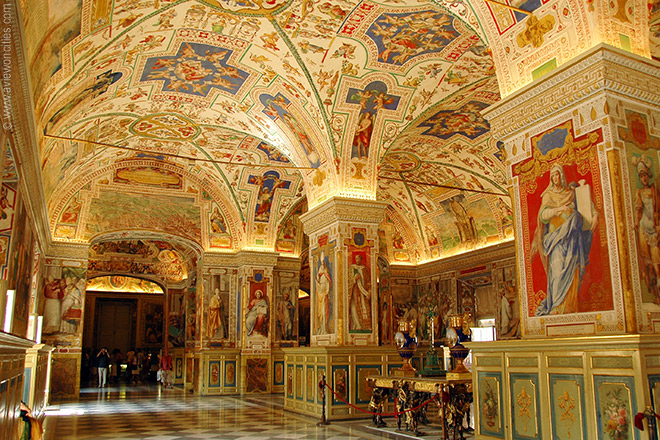 inside-the-vatican-museums