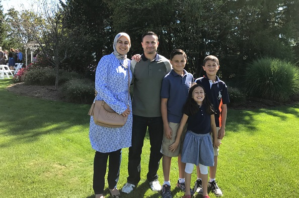 Rana Shbeib with her husband and children. Image source: author