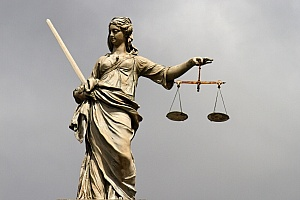 lady-justice-at-dublin-castle