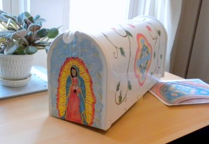 008 Marian Garden Box