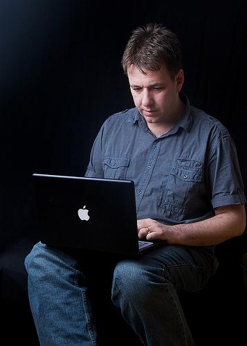 Adrian Warnock and his Macbook