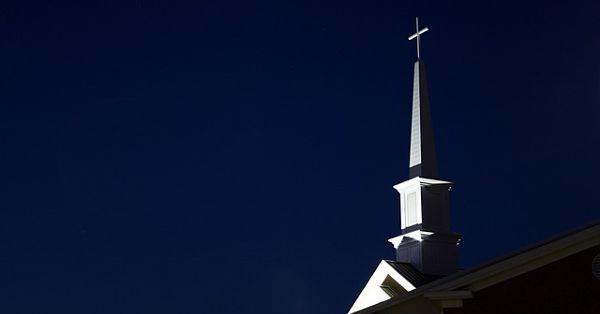 steeple-812885_640_opt