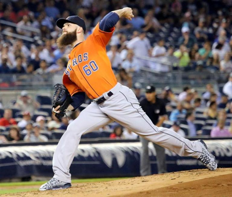 Dallas_Keuchel_on_August_25,_2015