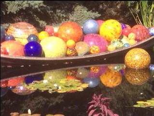 ChihulyBoat