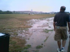Flooding at the National Mall due to a broken irrigation pipe 2006