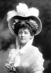 """""""Daisy Greville, Countess of Warwick"""" by The Lafayette Studio - [1]. Licensed under Public Domain via Wikimedia Commons - https://commons.wikimedia.org/wiki/File:Daisy_Greville,_Countess_of_Warwick.jpg#/media/File:Daisy_Greville,_Countess_of_Warwick.jpg"""