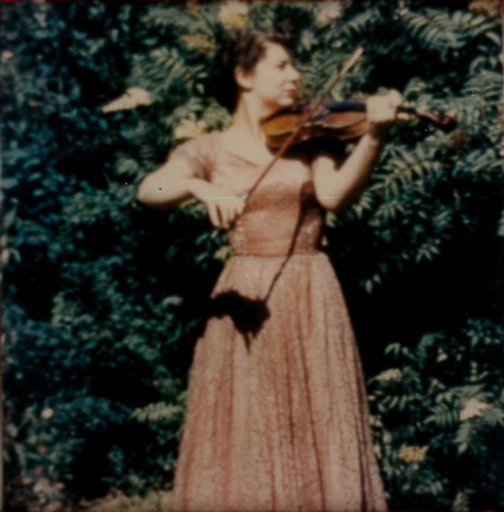 mom playing violin
