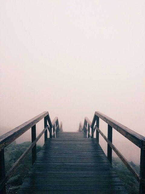 wooden-bridge-919081_640