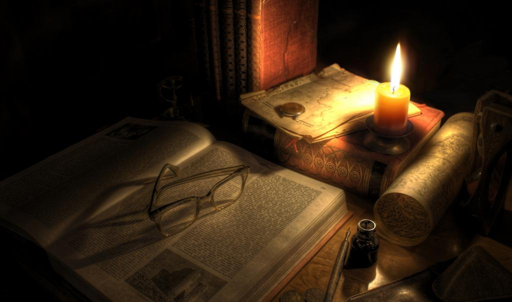 old-books-candle-7652605-e1358035452434