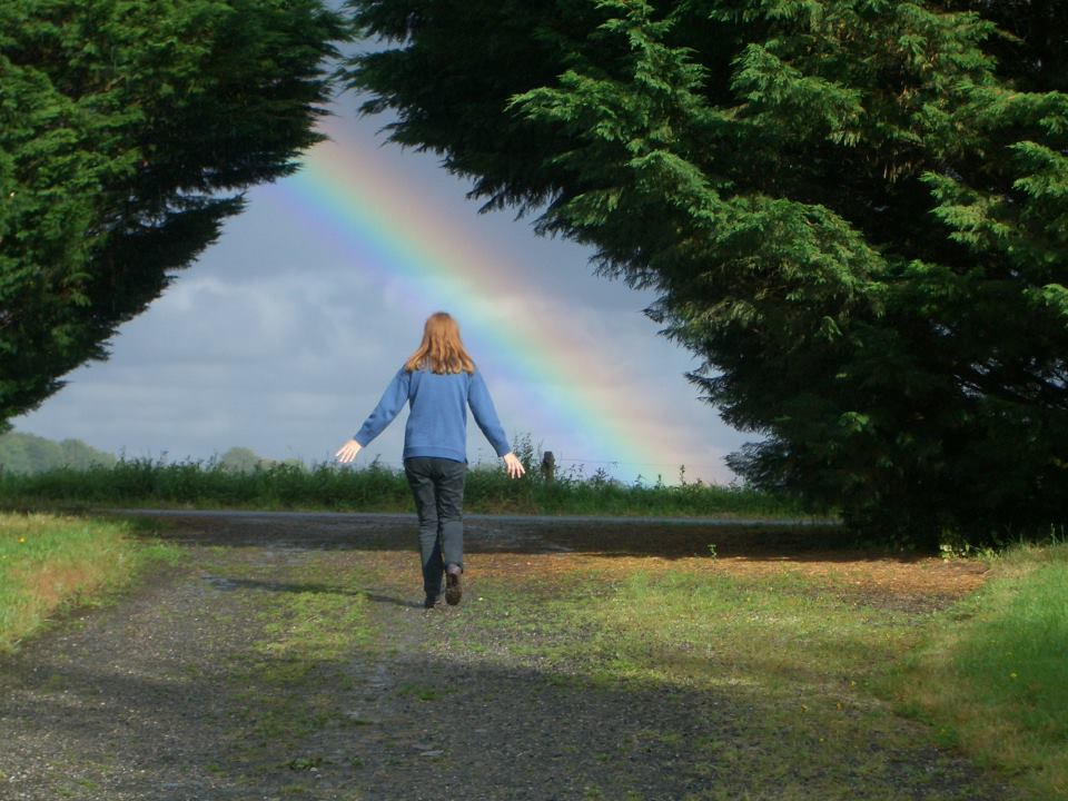 Vivianne Crowley with Rainbow