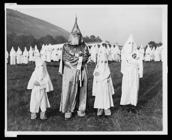 KKK family portrait photo by Image Editor. Licensed under CC 2.0